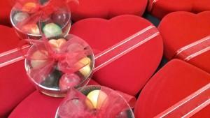valentinechocredheartbox2